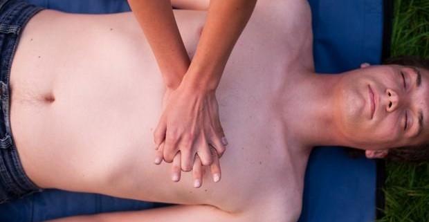 Массаж грудной клетки – медицинское и косметологическое применение