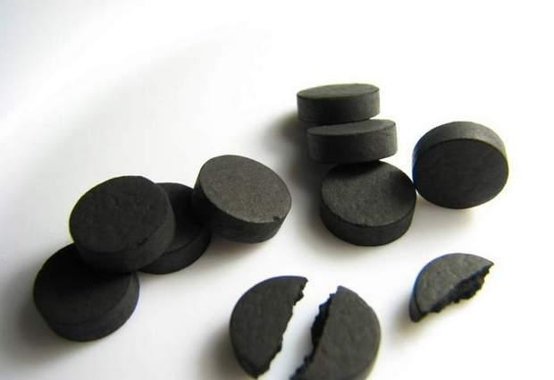 Активированный уголь применение при поносе. Как правильно применять активированный уголь при диарее