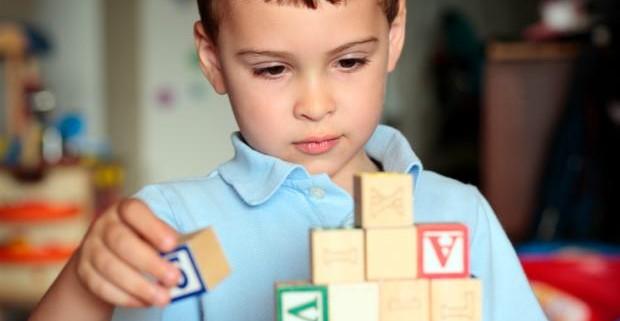 У детей с аутизмом чаще наблюдаются расстройства пищеварения