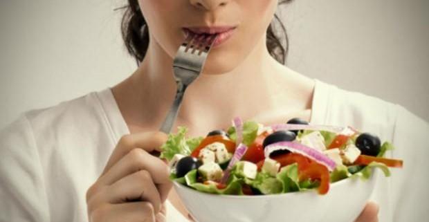 Ученые назвали идеальное время для приема пищи