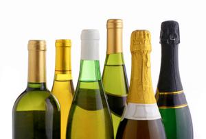 Алкоголь приукрашивает собеседника в глазах выпивающего