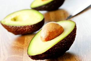 Авокадо убивает микробы лучше, чем антибиотики