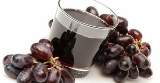 Диетологи назвали ТОП-4 лучших соков с лечебным эффектом