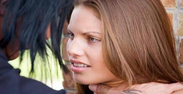 Почти каждый десятый подросток в США совершает сексуальное насилие