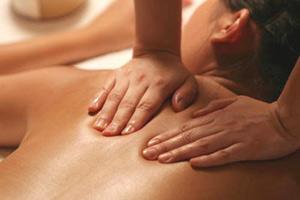 Причины, симптомы и лечение позвонковой грыжи