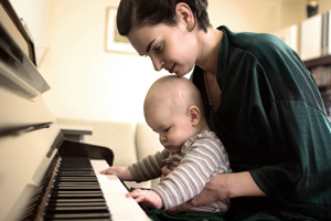 Рождение ребенка негативно сказывается на образе жизни матери