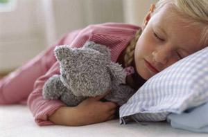 Детский энурез может быть вызван пассивным курением