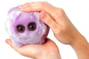 Американцы пищат от плюшевых игрушечных микробов