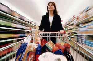Шопинг за продуктами оздоравливает пожилых людей