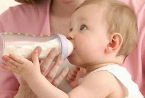 Детские смеси на основе сои заменят грудное вскармливание