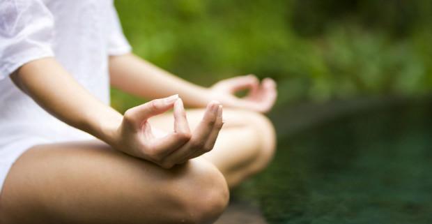 Йога помогает беременным справиться с депрессией