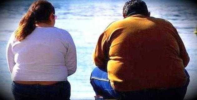 Ученые назвали глупую причину ожирения среди мужчин