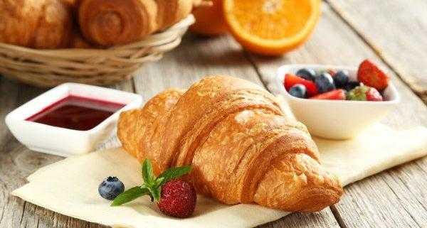 Доказано, что жирный и сладкий завтрак может разрушить мозг за 4 дня