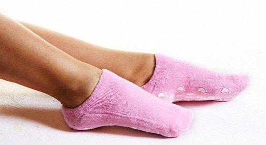 Почему летом мёрзнут ноги