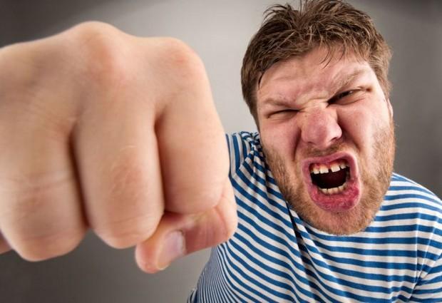 Приступы агрессии и методы борьбы с ними