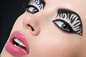Как правильно накладывать макияж