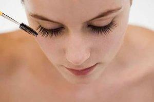 Предпраздничная суета: быстрый макияж