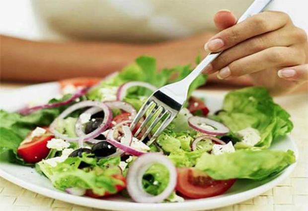 Веганская диета Биттмана поможет избавиться от лишних килограммов