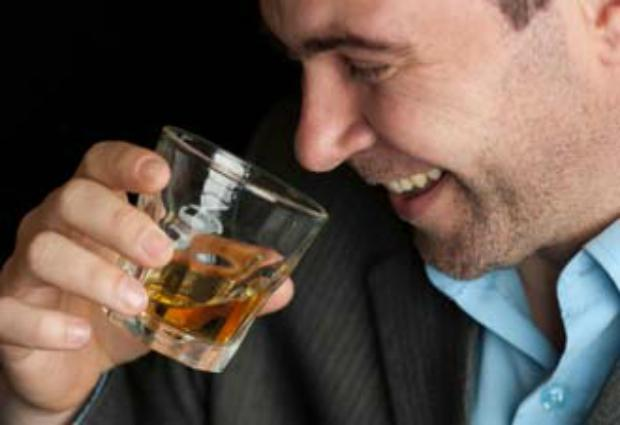 Ученые рассказали, сколько спиртного могут употреблять мужчины