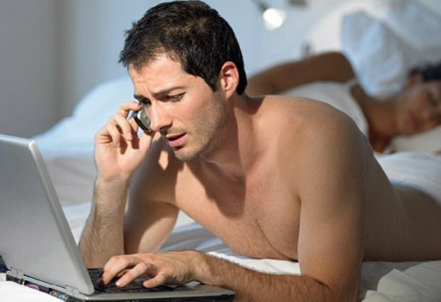 Мобильный телефон может стать причиной бессонницы и головной боли