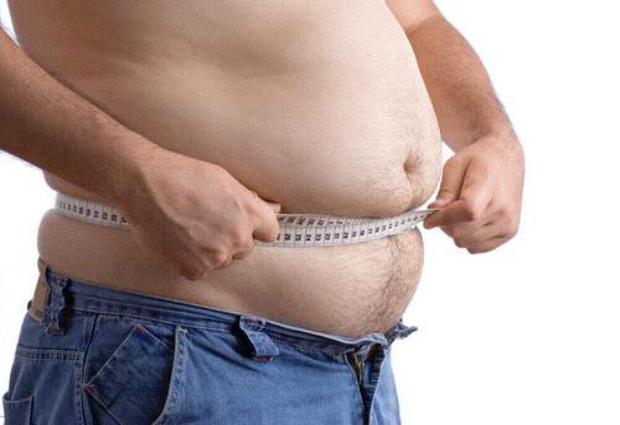 Продолжительность жизни зависит от объема талии, а не массы тела