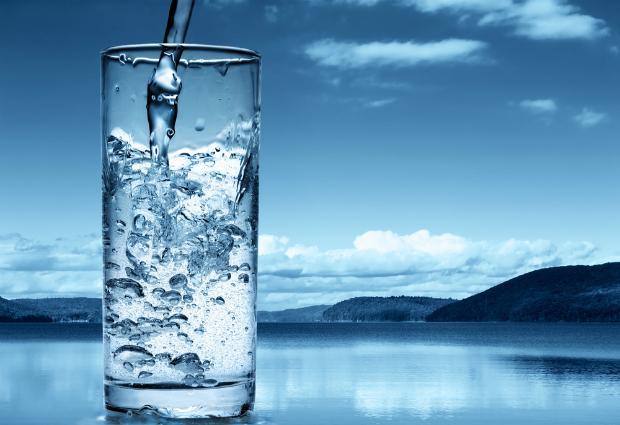 Ученые сравнили пресную воду с антидепрессантами