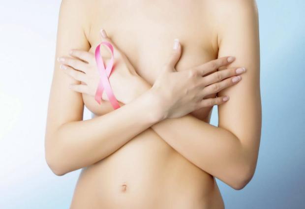 Установлена связь между курением и риском развития рака груди