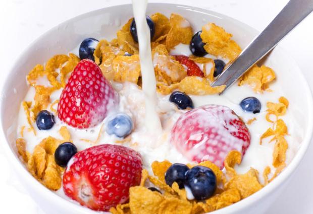 Диетологи назвали лучшее время для завтрака