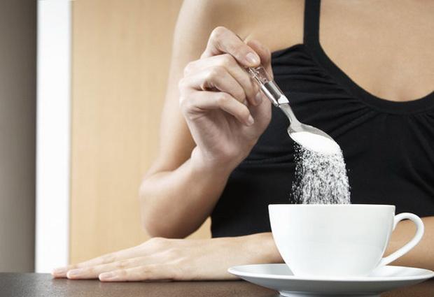 Даже так называемый безопасный уровень сахара может нанести вред