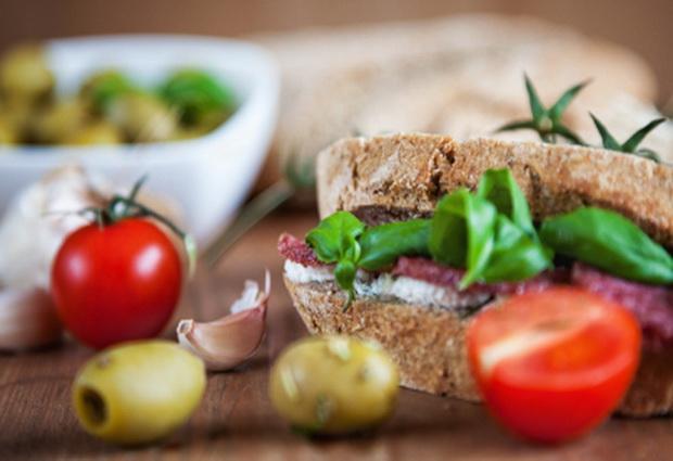 Средиземноморская диета понижает генетический инсультный риск