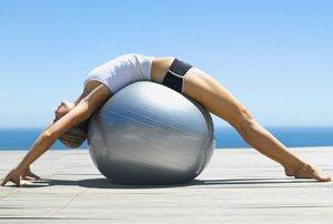 Физические упражнения помогают женщинам бороться с приливами