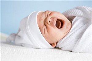 Младенцы плачут на языке родителей