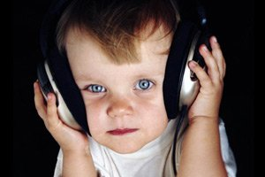 Один ребенок из пяти слышит мнимые голоса