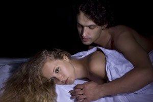 Гормоны толкают женщин на адюльтер