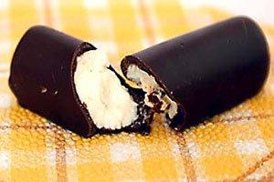 Молоко и сладкие продукты увеличивают риск возникновения акне
