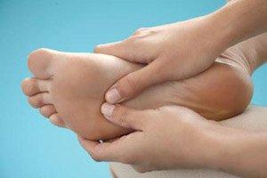 Обычное прикосновение помогает сократить интенсивность боли