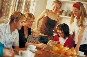 Британские семьянины проводят с семьей меньше часа в день