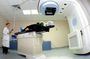 Частота послеоперационных осложнений зависит от шума в операционной
