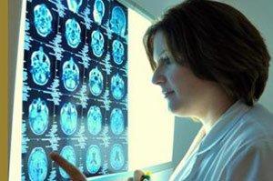 Ученые выяснили, почему после холодной пищи болит голова