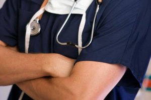Препарат от астмы лечит хроническую крапивницу